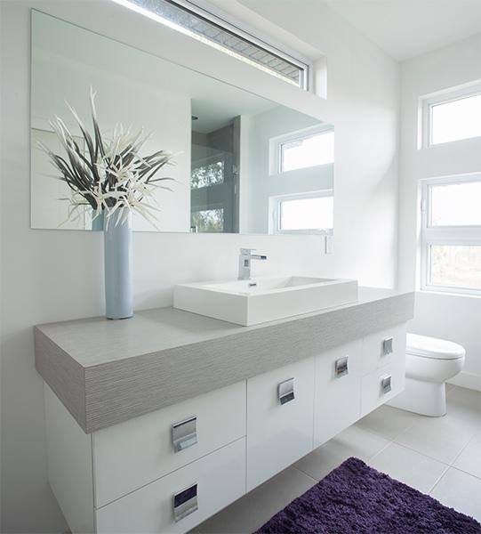 Les cuisines linda goulet ventes et installations d 39 armoires de cuisines - Salle de bain toute blanche ...