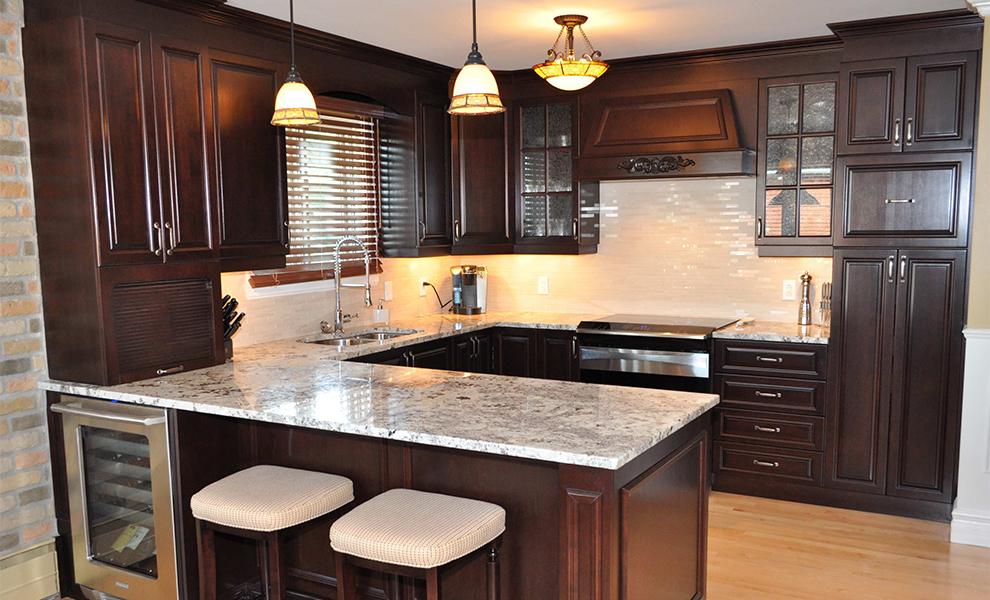 Les cuisines linda goulet ventes et installations d 39 armoires de cuisines - Armoire polyester couleur ...