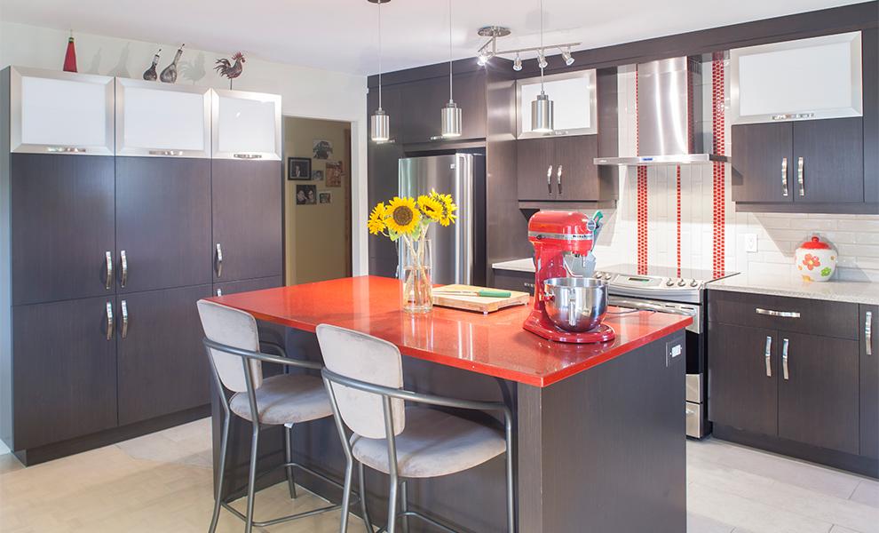 armoire de cuisine en aluminium. Black Bedroom Furniture Sets. Home Design Ideas