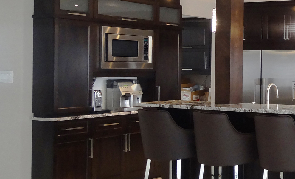 les cuisines linda goulet ventes et installations d 39 armoires de cuisines. Black Bedroom Furniture Sets. Home Design Ideas